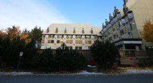 Executive Inn Whistler Hotel